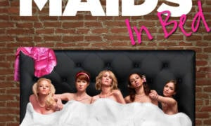bridesmaids-in-bed