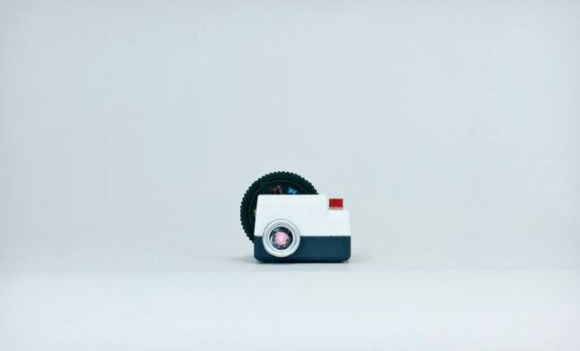 Projecteo-The-Tiny-Instagram-Projector-2
