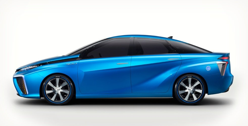 toyota-fuel-cell-vehicle-4