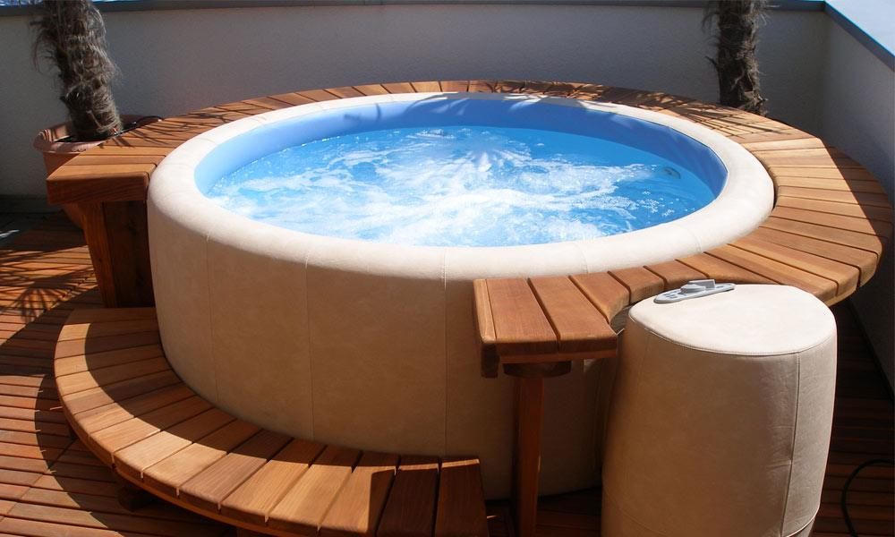 Softub-Is-a-Hot-Tub-You-Can-Move-4