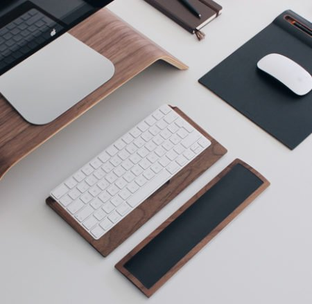 Best-Desktop-Accessories-LP