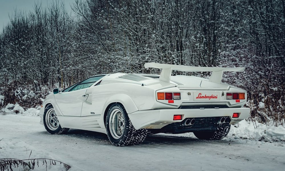 25th-Anniversary-Lamborghini-Countach-Is-Up-for-Auction-3