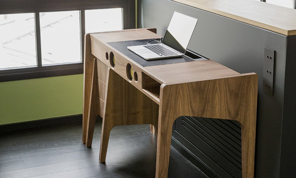 Laptop-Dock-Studio-Has-a-Sound-System-Built-In-3