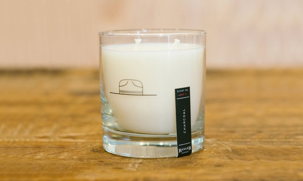 These-Candles-Come-in-Reusable-Whiskey-Tumblers-4