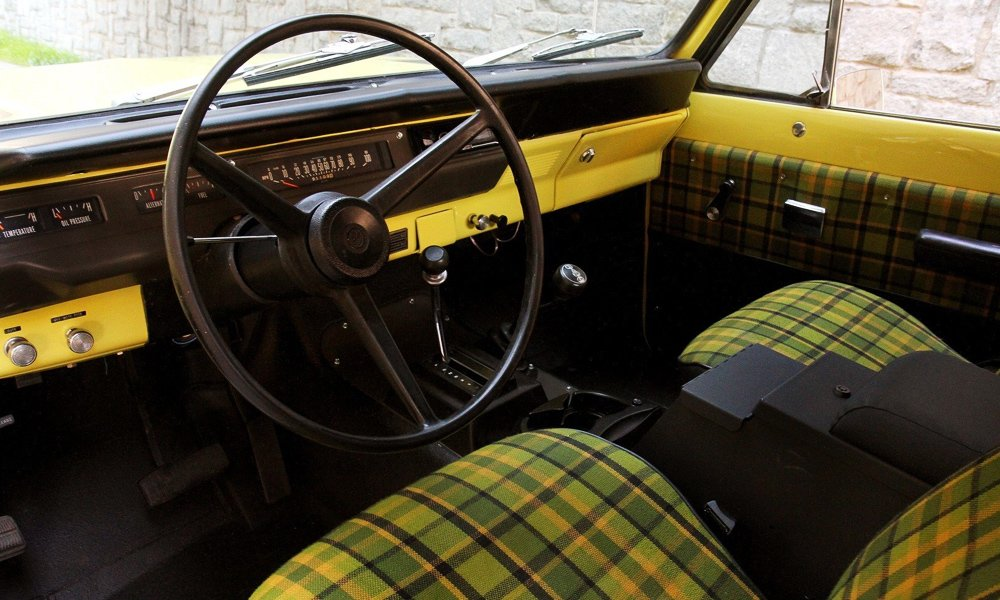 1976-International-Scout-II-7