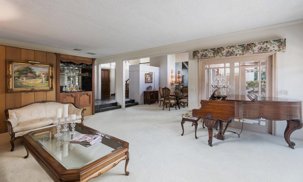Brady-Bunch-House-Is-for-Sale-4