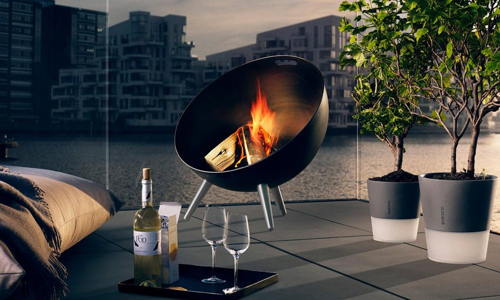 EvaSolo-FireGlobe-Outdoor-Fireplace-and-Grill-2