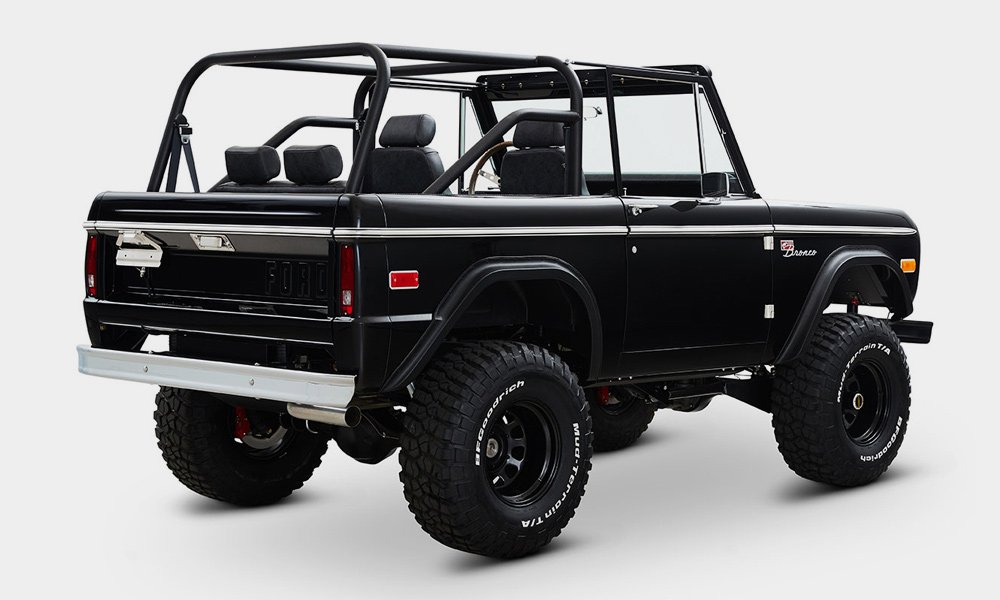 Classic-Ford-Broncos-1968-Ford-Bronco-Vail-Build-4