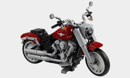 LEGO-Joined-Forces-with-Harley-Davidson-to-Make-a-Fat-Boy-Motorcycle-1