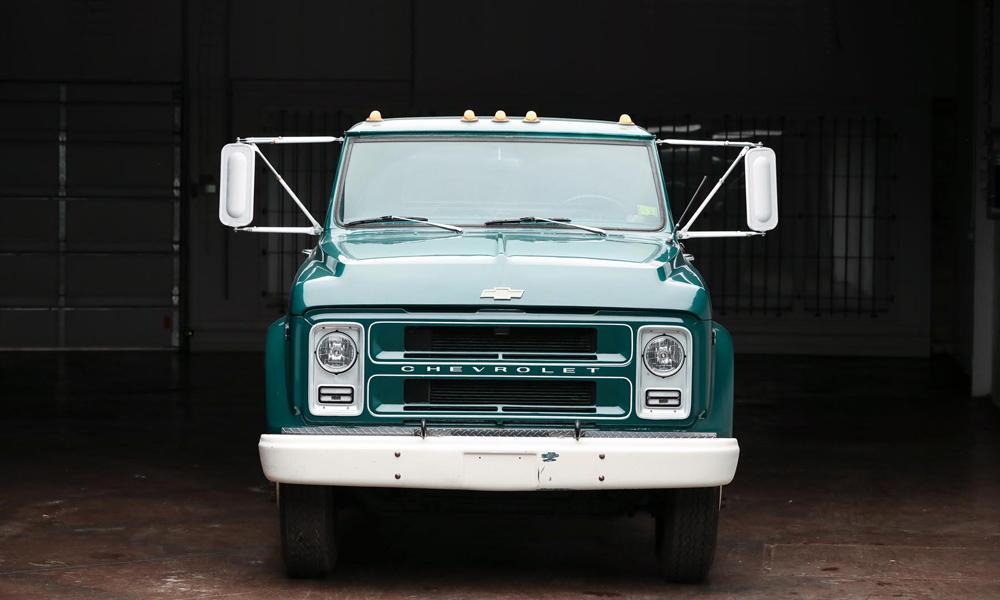 1972-Chevrolet-C50-Dually-Restomod-2