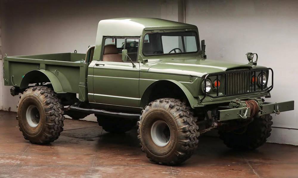 1967-Kaiser-Jeep-M715
