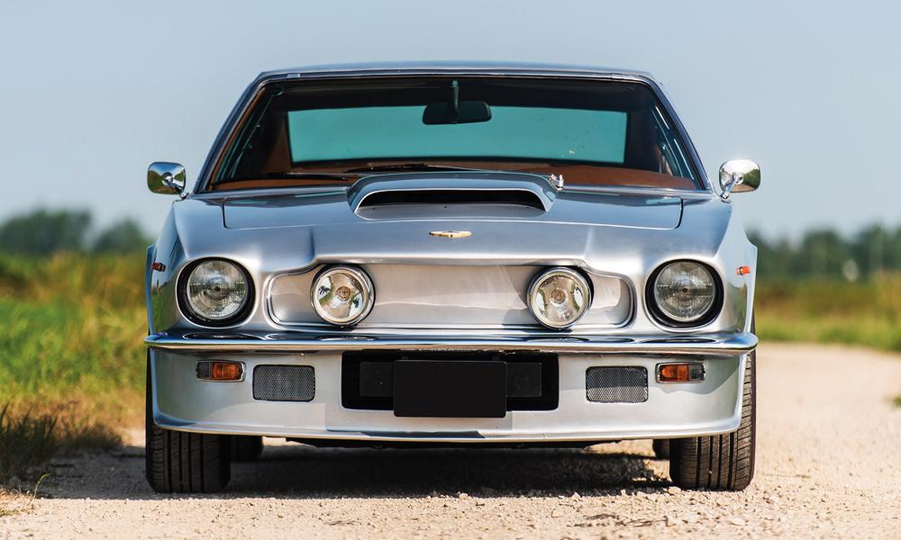 1977-Aston-Martin-V8-Vantage-3