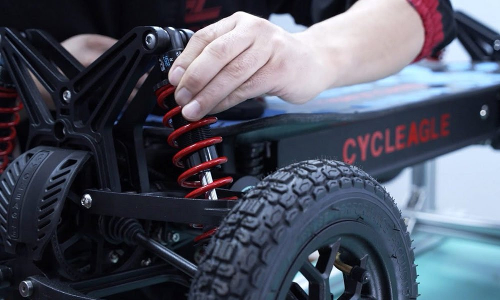 Cycleage-Off-Road-Electric-Skateboard-3