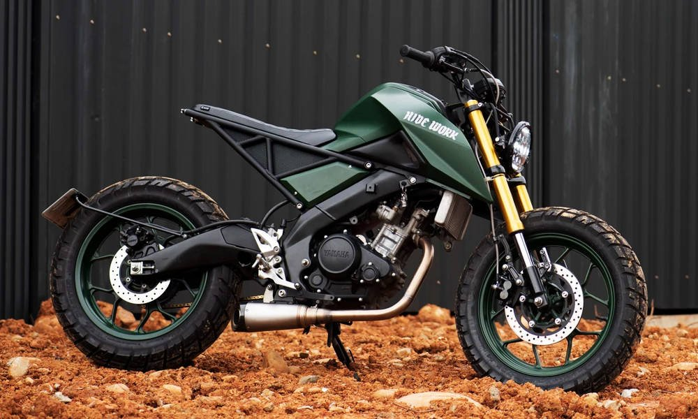 Hide-Work-Custom-Yamaha-MT15-Tracker