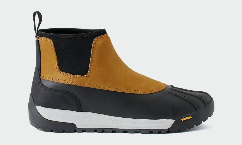 Huckberry-All-Weather-Chore-Boot-1