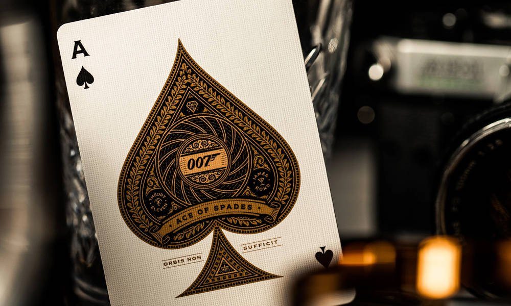 Theory11-James-Bond-007-Playing-Cards-5