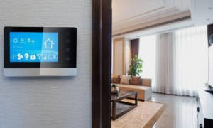 Amazon-Is-Reportedly-Developing-a-Wall-Mounted-Smart-Home-Command-Center