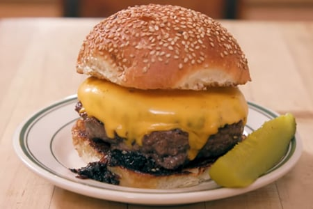 how-to-cook-a-perfect-steakhouse-burger-george