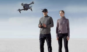 DJI-FPV-Drone-and-Goggles-Combo-4