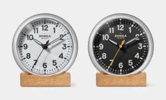 Shinola-Runwell-Desk-Clock-1
