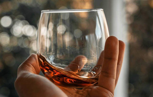 Difference-Between-Bourbon-and-Whiskey-2